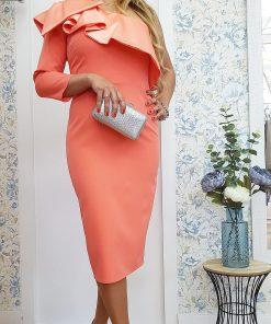 Vestido midi en color mandarina.