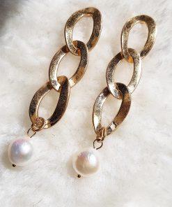 Pendiente de perla.