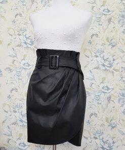 Falda de antelina